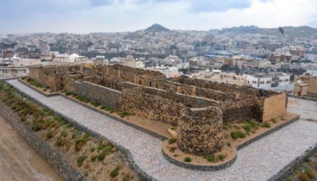 قلعة شمسان السياحة في أبها